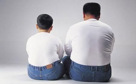 Mắc bệnh phong thấp do di truyền, béo phì