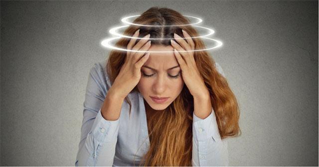 Hoa mắt, chóng mặt - Dấu hiệu bệnh đau vai gáy