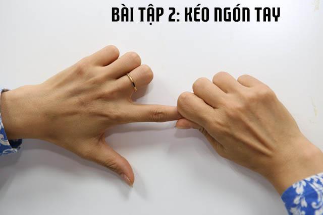 Bài tập kéo ngón tay chữa viêm khớp cổ tay
