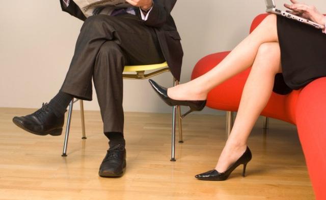 Tác hại khôn lường của thói quen ngồi vắt chéo chân-2