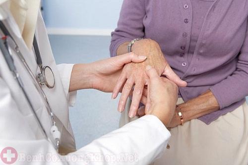 Lưu ý cho bệnh nhân chữa trị viêm đa khớp