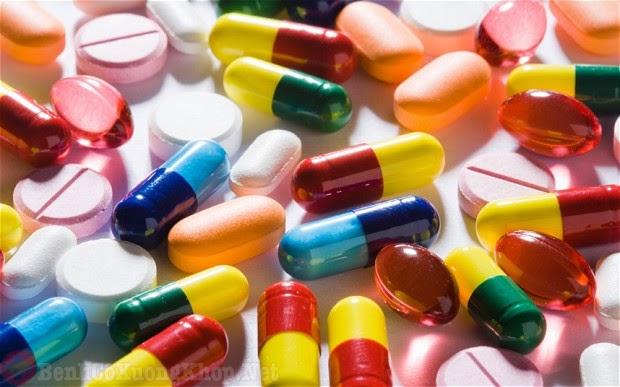 Thuốc tây y điều trị bệnh đau khớp ở người trẻ tuổi