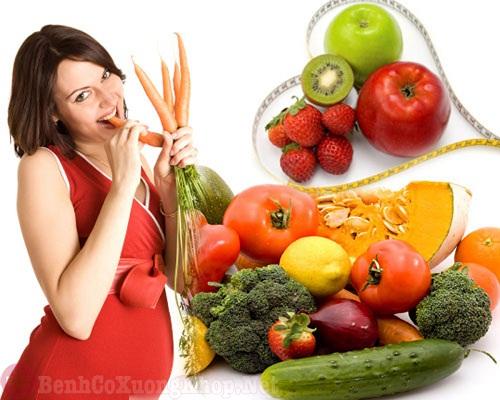 Chế độ dinh dưỡng cho mẹ bầu bị đau khớp gối