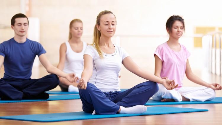 Tập yoga chữa bệnh đau thần kinh tọa