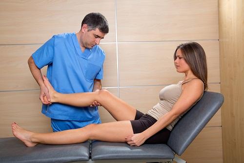 Bệnh nhân có thể bị tàn phế suốt đời nếu bị thoát vị đĩa đệm gây tê chân