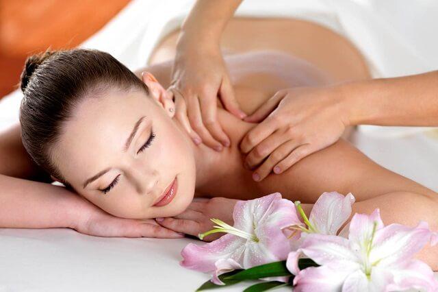 Massage chữa bệnh đau dây thần kinh tọa