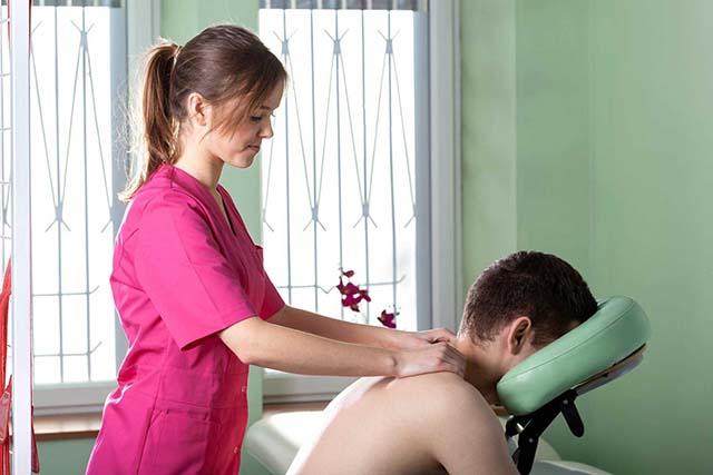 Vật lý trị liệu chữa thoát vị đĩa đệm cột sống cổ