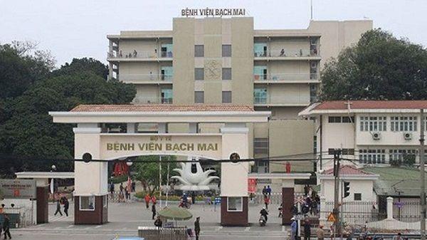 Chữa bệnh xương khớp tại Bệnh viện Bạch Mai