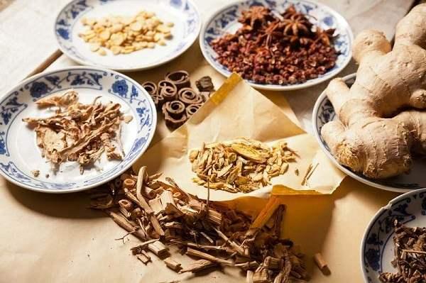 Thống phong dưỡng cốt thang là bài thuốc trị gout hiệu quả theo Đông y
