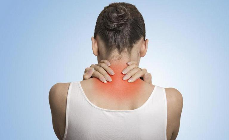 triệu chứng đau cổ